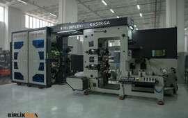 10 Color 50 cm Servo Sleeve System Label Central Impression Flexo Printing Machine