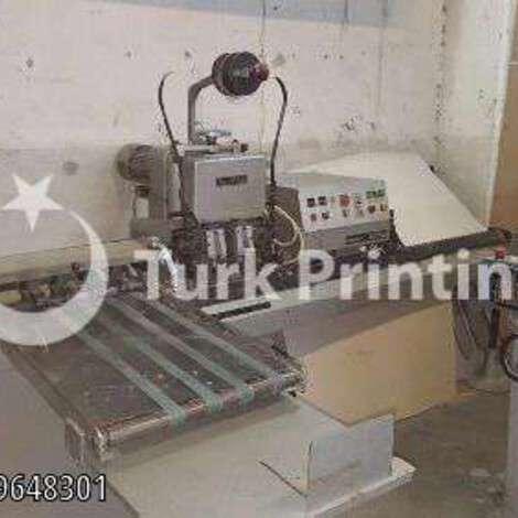 Satılık ikinci el 2000 model Hohner Tel Dikiş Makinası 2500 EUR EXW (Ex-Works) TürkPrinting'de! Tel Dikiş Makinaları kategorisinde.