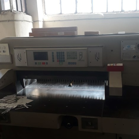 USED POLAR PAPER CUTTER (GIOTIN) FOR SALE. HYDRAULIC TELESCOPE AIR TABLE AUTOMATIC