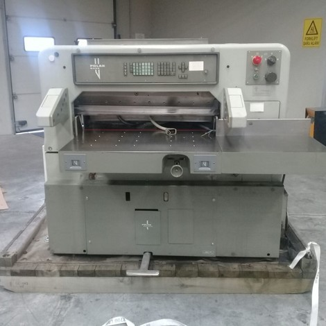 Used very clean 92 EM Paper Cutter for sale. Program, Spare knife, Can be seen in our warehouse.