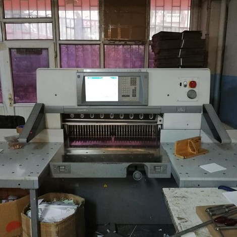 USED 2007 YEAR POLAR 92 X PAPER CUTTER FOR SALE. FULL PROGRAM İMMEDİTALE AVAİLABLE LOCATİON İN İSTANBUL TURKEY