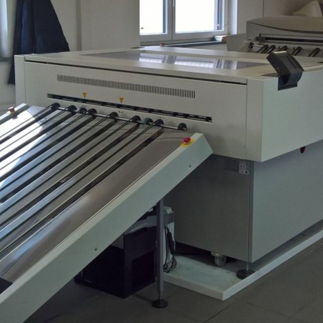 Kodak Creo Lotem 800 2 Quantum square spot CTP banyo makinesi- 2005 model- Otomatik kalıp yükleme- 50x70 ve 70x100 2 adet yedek kaseti mevcut- direkt bağlı banyo makinesi