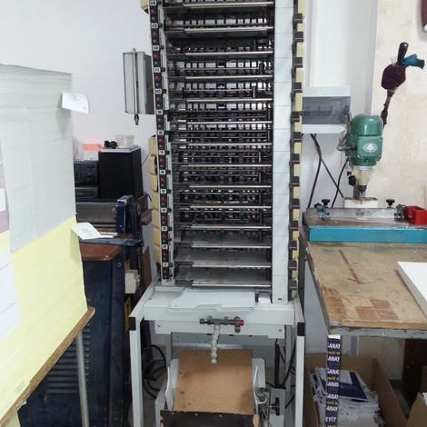 Used very clean Vario 15 unit Collating System for sale. test possible.